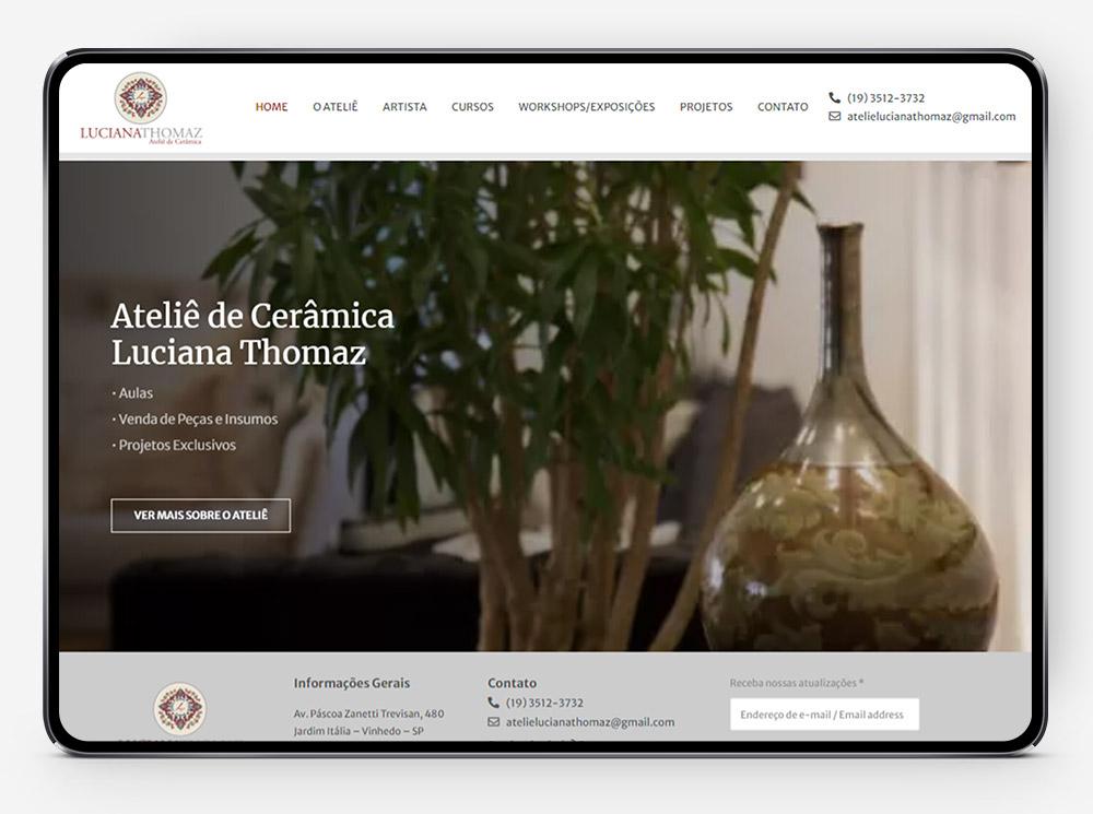 Site da Luciana Thomaz no tablet por Lubna Produção Digital